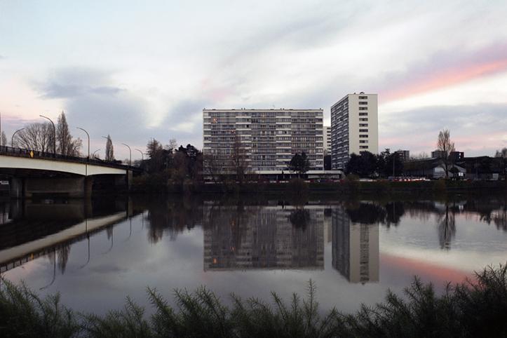 http://francoistaverne.com/files/gimgs/11_immeubles40x60.jpg
