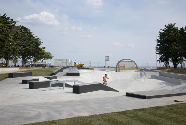 http://francoistaverne.com/files/gimgs/72_skatepark-saint-nazaire-58.jpg