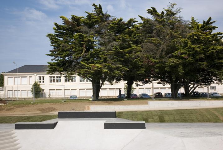 http://francoistaverne.com/files/gimgs/72_skatepark-saint-nazaire-61.jpg